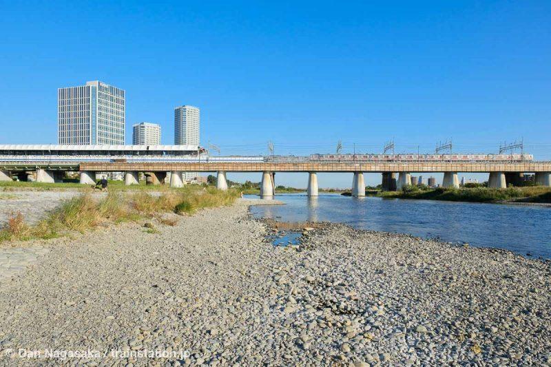 二子玉川駅と多摩川