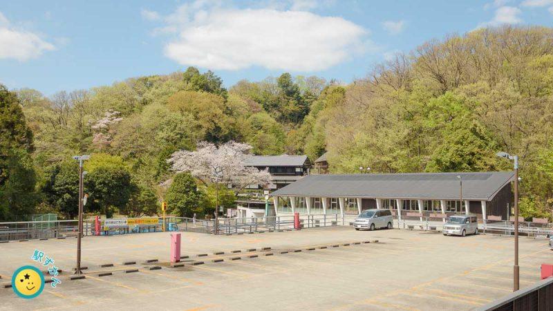 生田緑地 東口駐車場