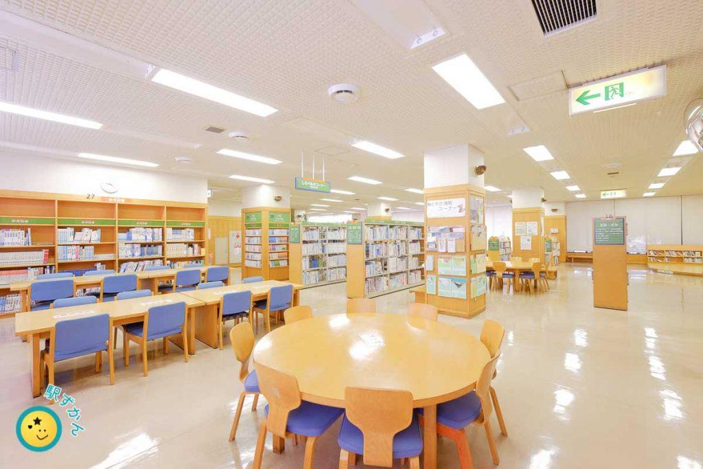 山内図書館こどものコーナー